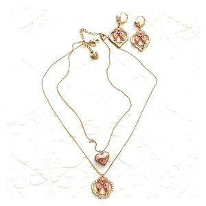 Betsy Johnson SET - necklace & earrings